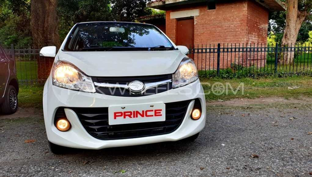 Road Prince Pearl 800 Car